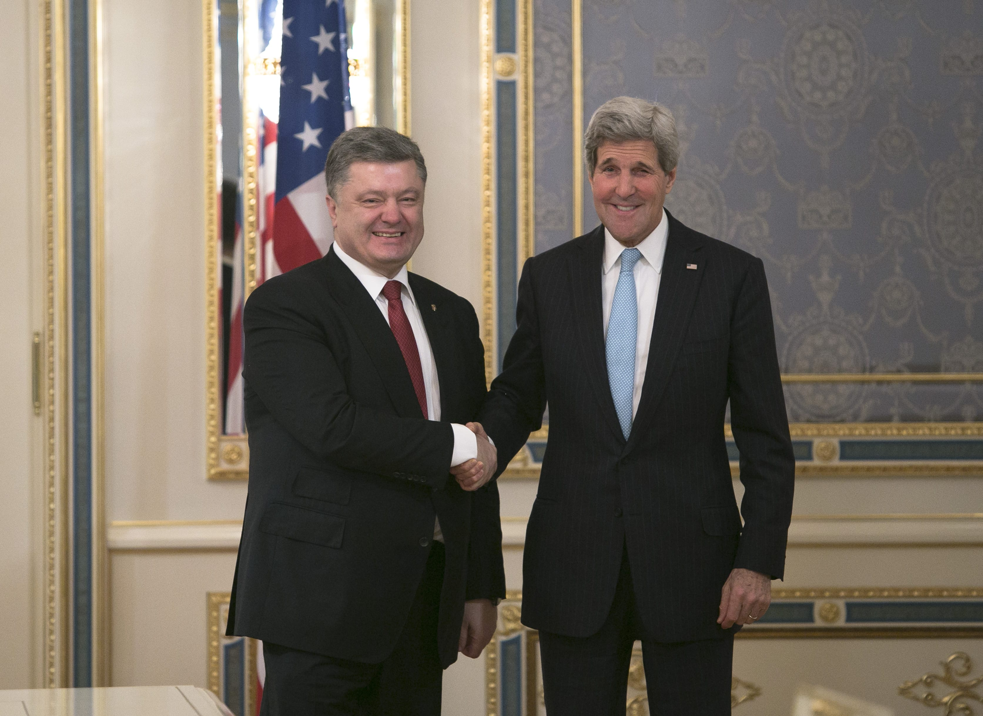 Kerry meets Petro Poroshenko February_2015